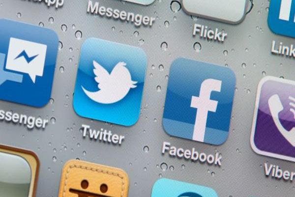 اتصال وبسایت به شبکه های اجتماعی